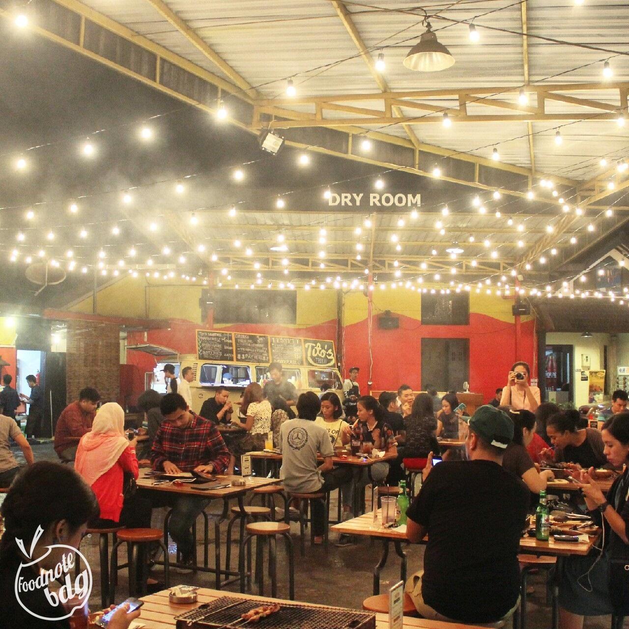 Foodnote Stories Seru Seruan Bbq Night Di Mouton Slice N