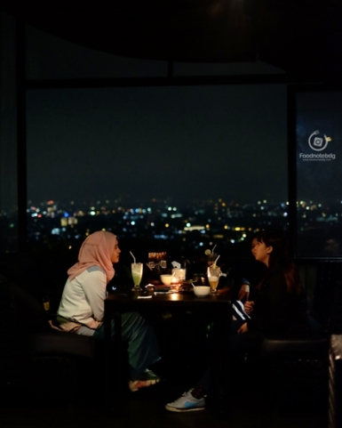 night hangout