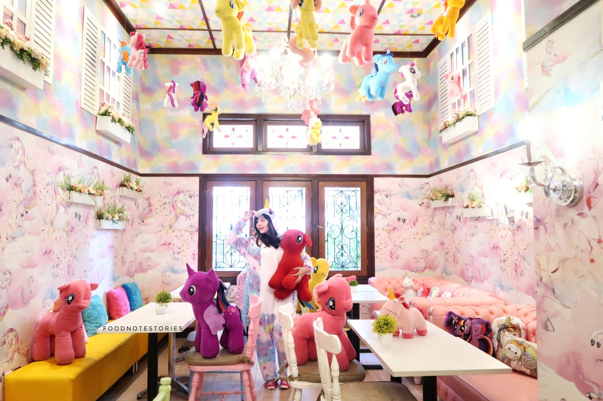 Love Uniqorn, Cafe Instagenic serba Unicorn di Bandung